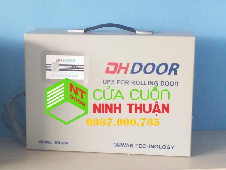 Bình lưu điện cửa cuốn DH DOOR, lắp đặt và sửa ups tại nhà, giá rẻ